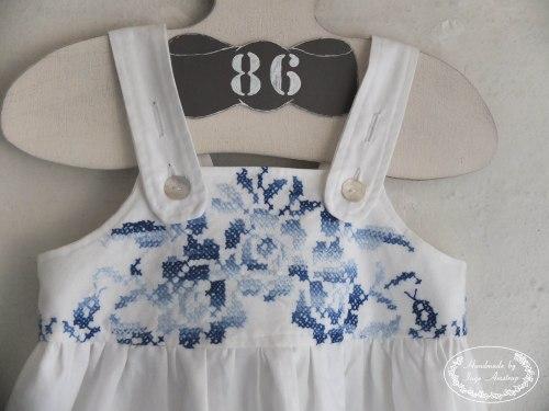 kjole_broderi_Blå_2
